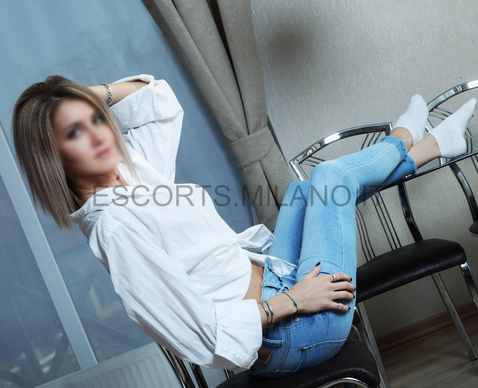 Girl Rumena a Milano